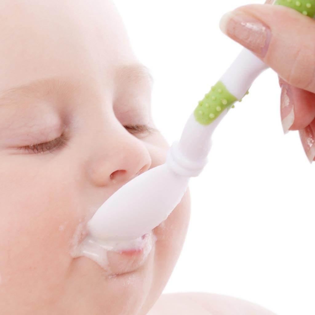 bebelus lingurita (http.wallpaper-s.org)