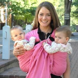 portbebe gemeni bebelusi mamica (www.mommygear.com)