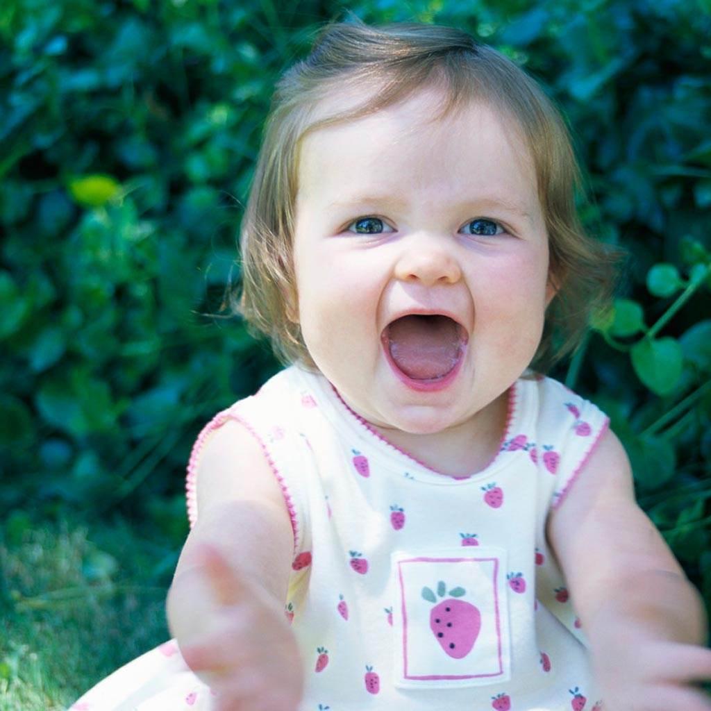 copil fetita fericire (www.lafayettecountyhealth.org)