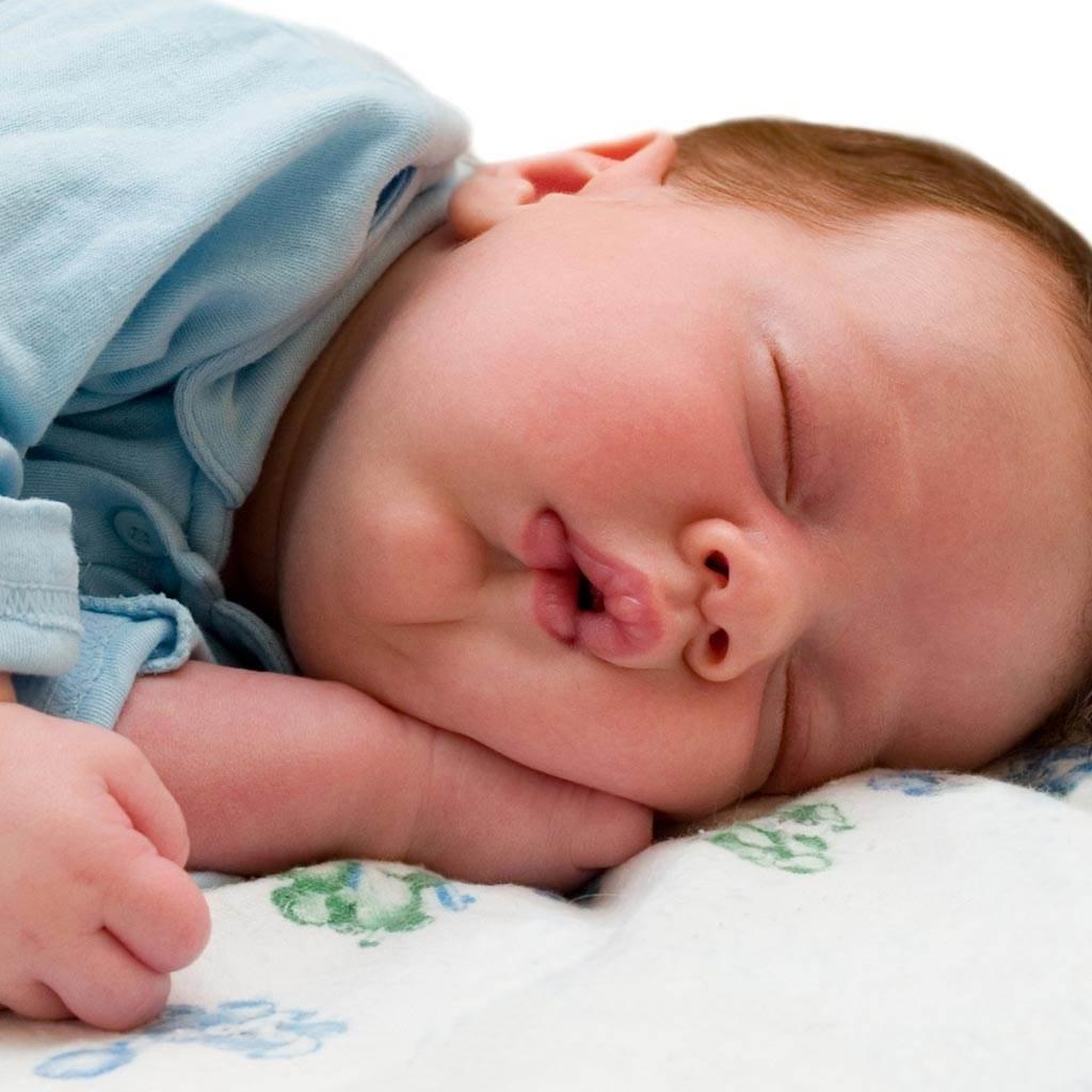somn bebelus (www.webmastergrade.com)