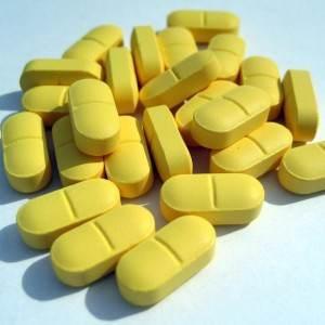 medicamente pastile (http://lifeinthemarriedlane.files.wordpress.com)