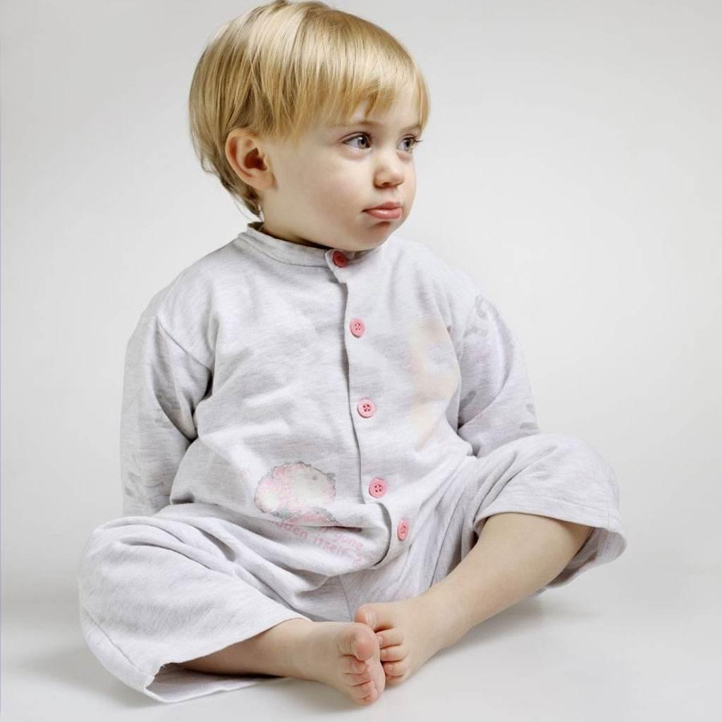 bebelus cu platfus (www.clicksanatate.ro)