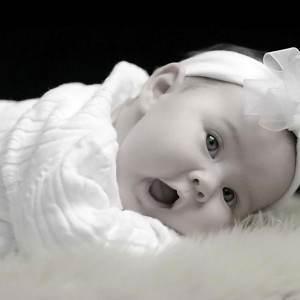 bebelus foarte frumos (www.imotion.com)