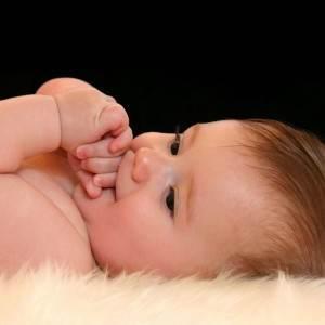 bebelus frumos (http://lh5.ggpht.com)