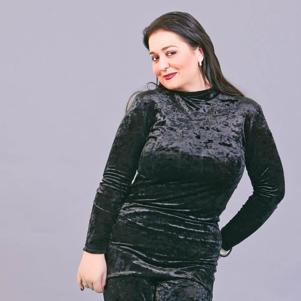 Monica Anghel (www.clickpentrufemei.ro)