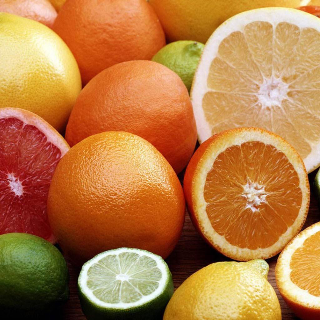 fructe diverse (www.greengoods-co.com)