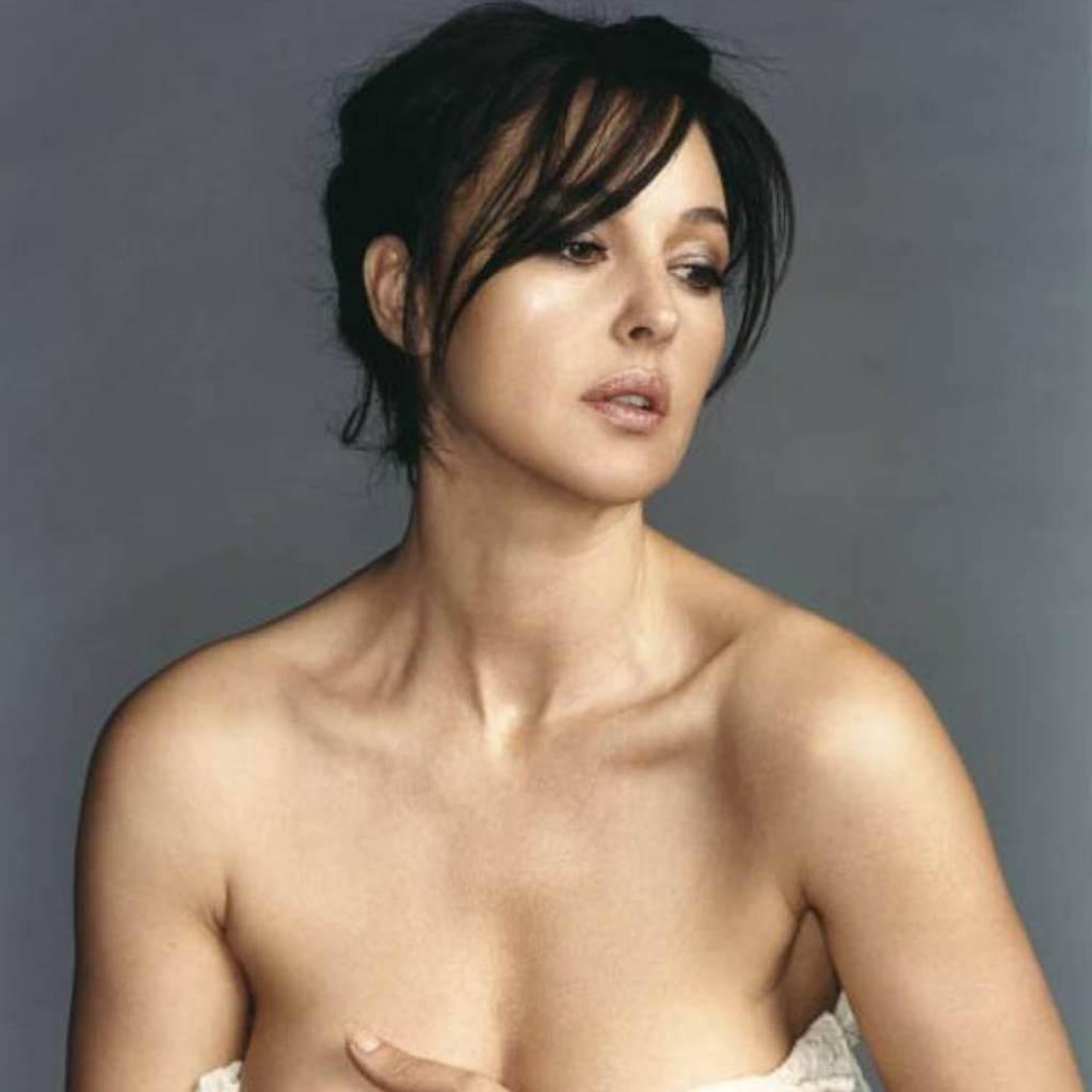 femeie frumoasa (www.img813.imageshack.us)