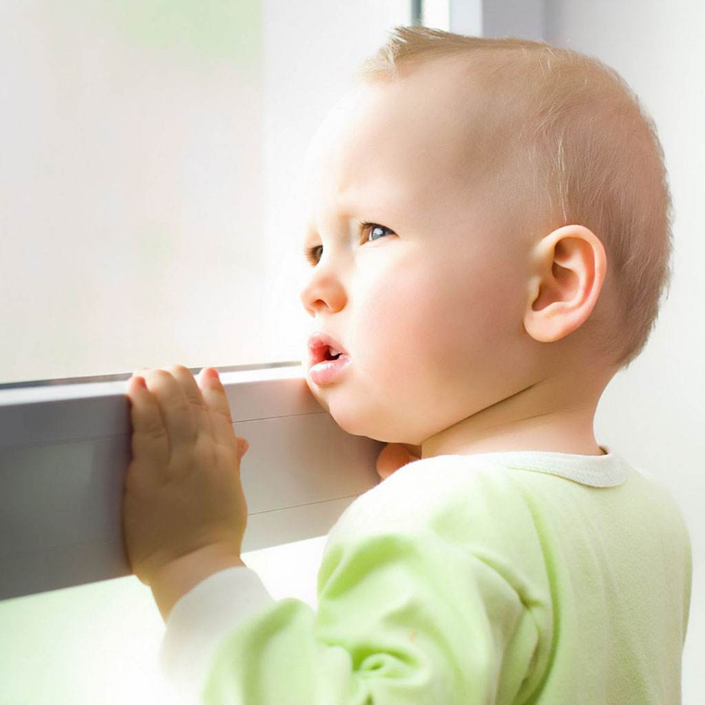 copil autist (www.tsa.medability.ro)