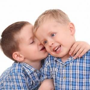 copii care vorbesc (http://3.bp.blogspot.com)