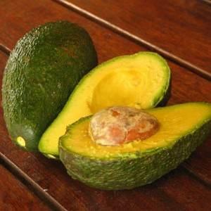 avocado (www.kzarinne.files.wordpress.com)