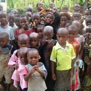 copii din africa (http://3.bp.blogspot.com)