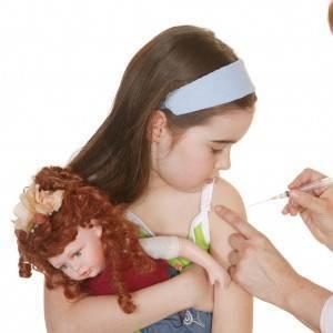copil la vaccin (www.mediaserver.adevarul.es)