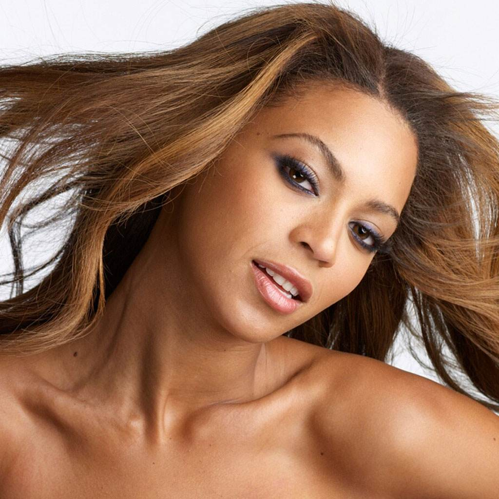 beyonce (www.hdwallpapers.in)