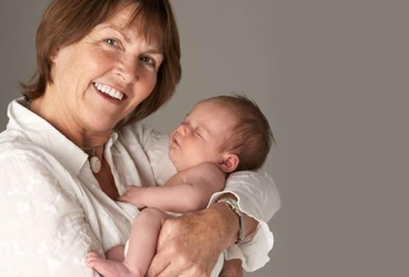 Femeile care nasc la o varsta inaintata, mai expuse la depresia postpartum