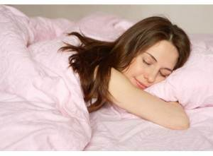femeie doarme