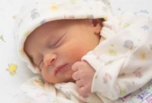 nou nascut doarme