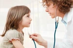 copil la doctor