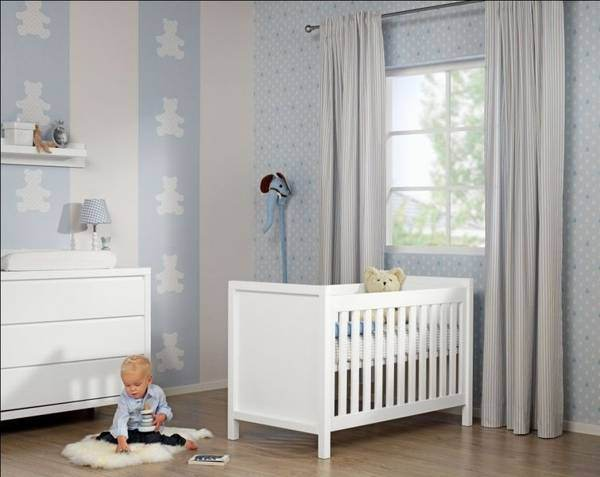 Licurici moderni si siguri pentru copii la carrefour for Baby room decoration wallpaper